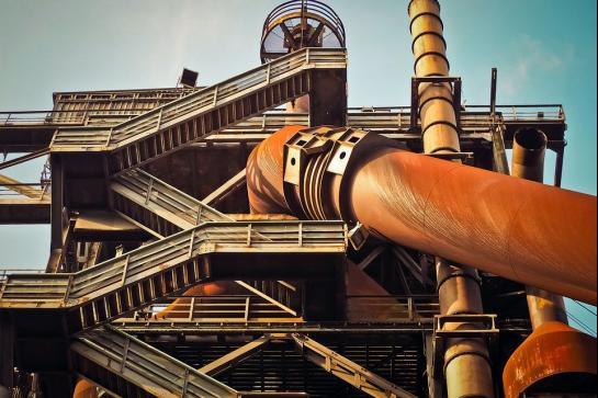 钢铁行业超低排放改造过程中,面临多项困难与挑战